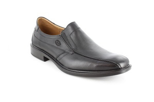Zapatos de vestir de caballero en Piel color Negro.