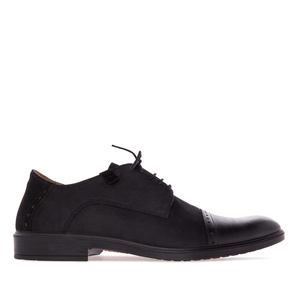 British style Shoes in Black Nubuck