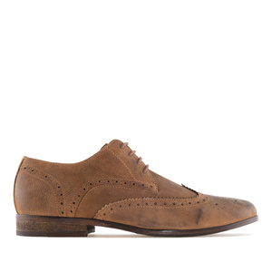 Camel leather brogues with Oxford style