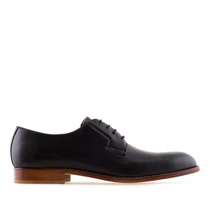 Men's Lace-Up Shoes in Black Leather
