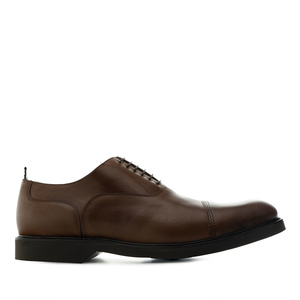 Zapatos estilo Oxford en Cuero de color Marron