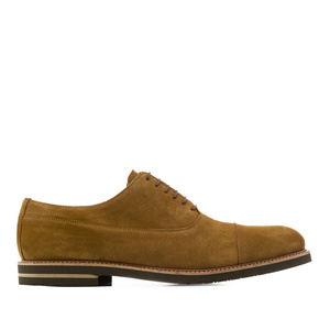 Oxfordschuhe aus kamelbraunem Rauleder - MADE IN SPAIN
