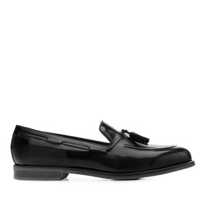 Black Antik Leather Moccasins
