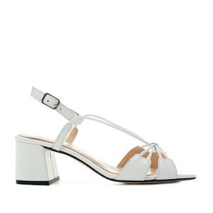 Sandalias en piel con tiras de color Blanco
