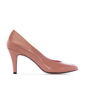 Pumps in Light Brown Leather