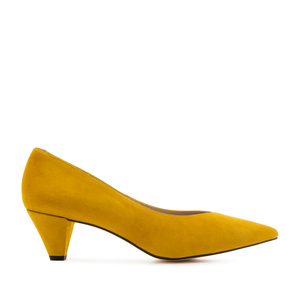 Fine Tip Mustard Suede Court Shoes