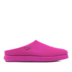 Very comfortable Fuchsia Felt Slippers with footbed