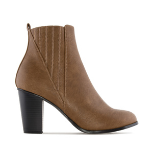 Ankle Boots in Light Brown faux Leather, with elastic detail