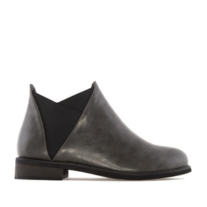 V-Chelsea Cut Boots in Grey faux Leather