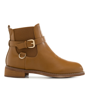 Chelsea Boots in Camel faux Leather