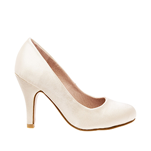 Classic Pearl-coloured Satin Pumps