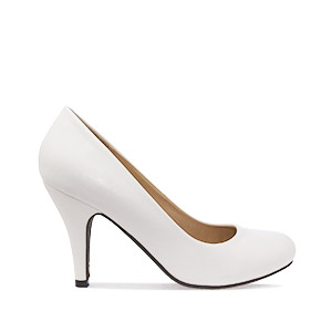 Retro High Heel Pumps in White faux Leather