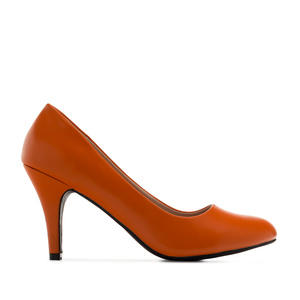 Retro Pumps in Orange faux Soft-Leather