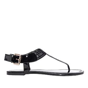 Ravne sandale sa neobičnim detaljima, soft crne