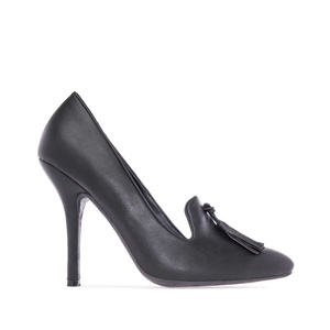Slipper Pumps in Black faux Leather