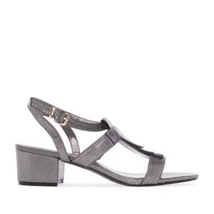 Sandalias Flecos Pull de color Plata