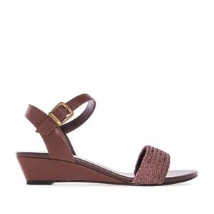 Ruskeat kiilakorko sandaalit