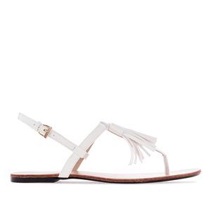 Letní sandále, tenké pásky a střapec na nártu. Bílé.