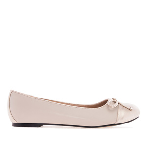 Beige & Gold faux Leather Ballet Flats