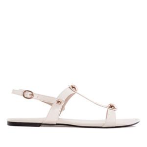 Beiget sandaalit