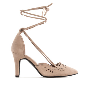 Lace Sandals in Beige Die-Cut faux Suede