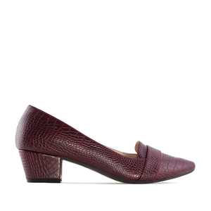 Moccasin Heeled Shoes in Burgundy Snake Print