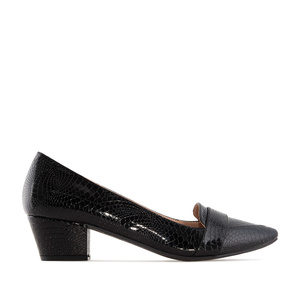 Moccasin Heeled Shoes in Black Snake Print