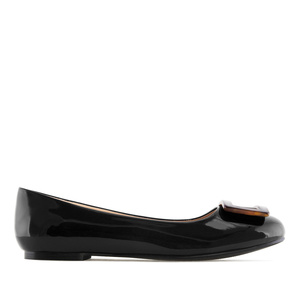 Ballet Flats in Black Patent, with detail