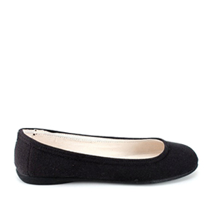 Black Canvas Ballerinas, with rubber sole