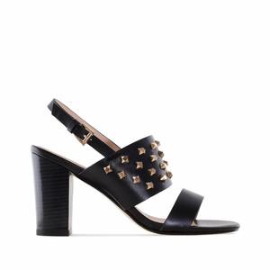 Sandále na podpatku s ozdobnými cvočky. Černé.