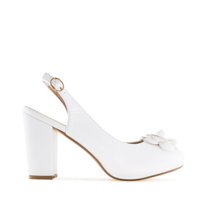 Slingback Shoes in White faux Leather