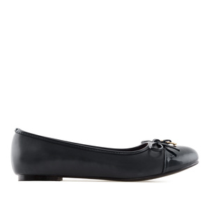 Ballet Flats in Black faux Leather & Patent
