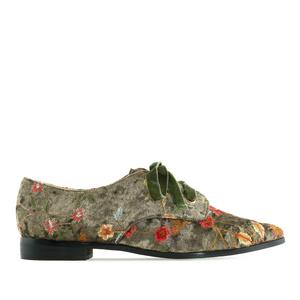 Ravne lakovane cipele na pertlanje, cvetne