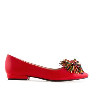 Baletanke sa šarenim dekorativnim cvetom, crvene