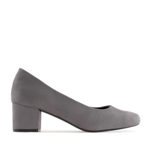 Block-Heeled Shoes in Grey Suede