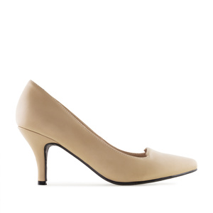 Court Shoes in Beige faux Leather