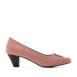 Heeled Shoes in Nude Suede