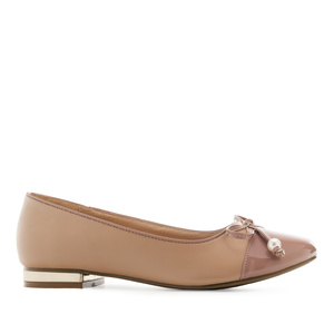 Toe-Cap Ballerinas in Earth coloured faux Leather