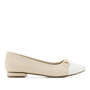 Ballet Flats in engraved Cream faux Leather