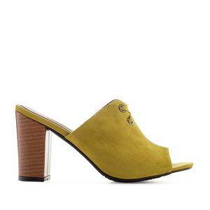 Mules in Lime-Yellow Suede