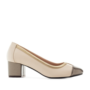 Toe-Cap Heeled Shoes in Beige & Gold faux Leather
