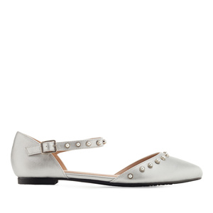 Pearl Ballet Flats in Silver faux Leather