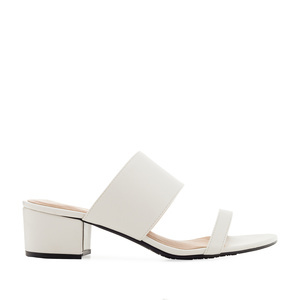 Sandals in White faux Leather