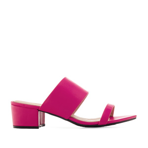 Sandals in Fuchsia faux Leather