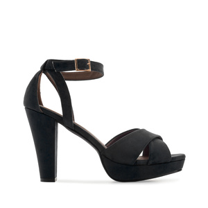 Semišové sandály, vysoký podpatek. Černé.