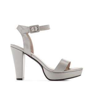 Platform sandals in Silver faux leather