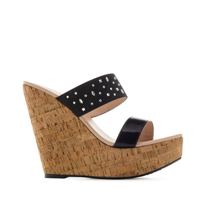 Platform Wedges in Shiny-Black