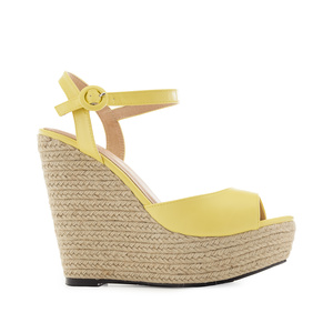 Platform Wedges in Yellow faux Leather
