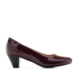Heeled Shoes in Burgundy Patent