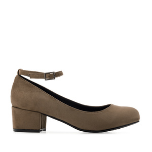 Ankle-Tie Shoes in Earth-coloured Suede